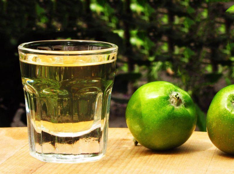 как приготовить самогон из яблок